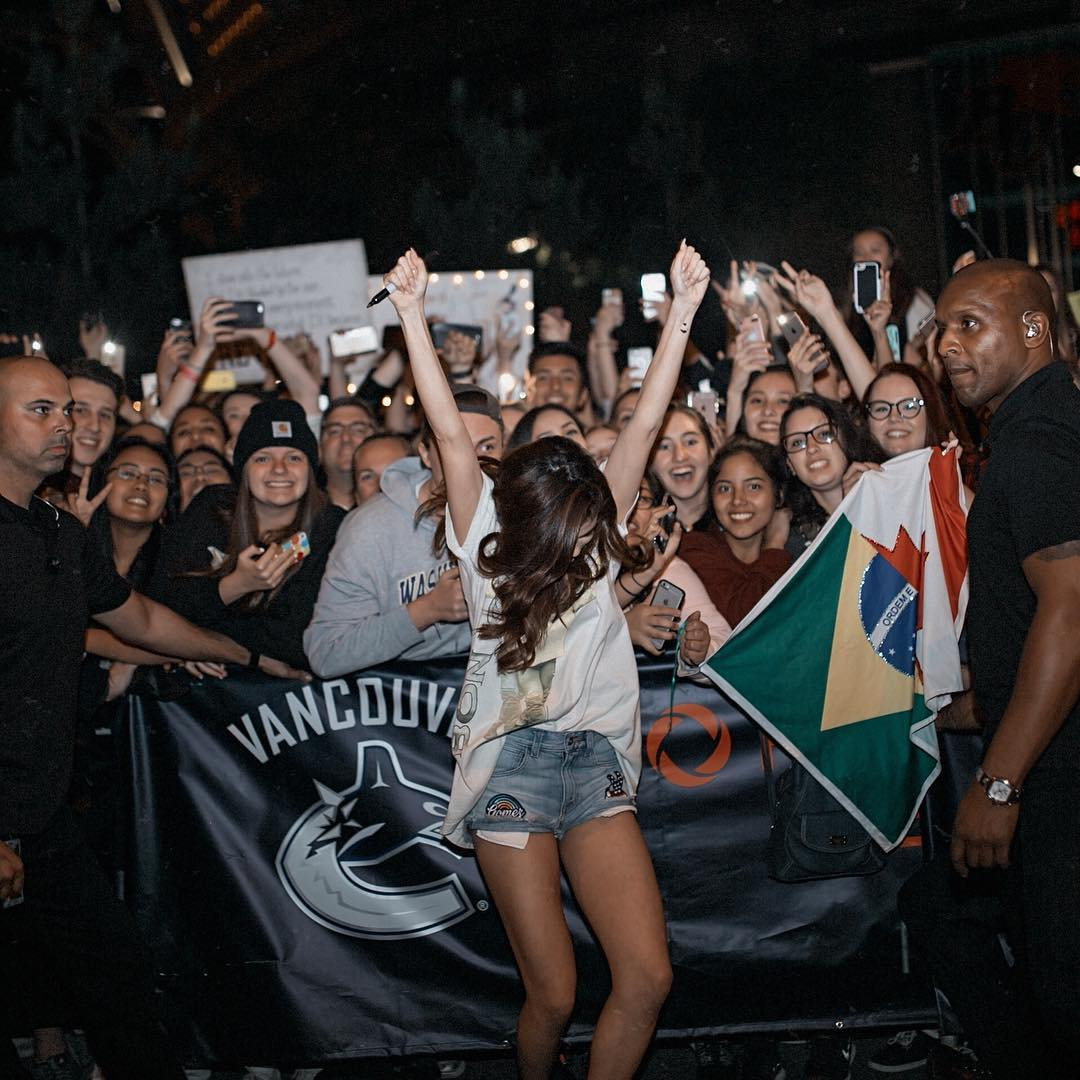 Selena On Instagram Vancouver Canada Was Lit