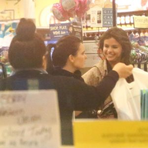 Selena at the supermarket in Los Angeles