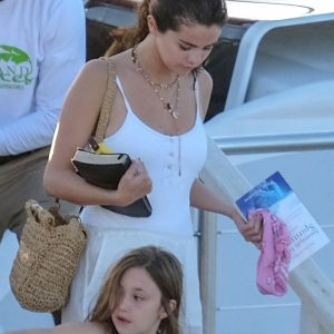 More pics of Selena at Montego Bay in Jamaica