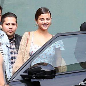 Selena leaving Operum Theater last Sunday in Los Angeles