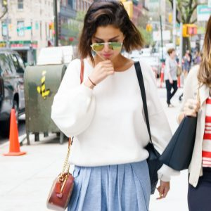 4 May Selena heading to the doctor's office in New York