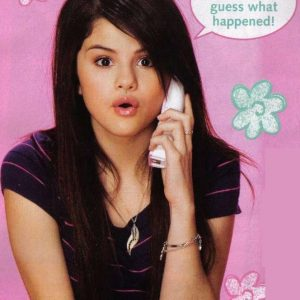 Check out new rare pics of Selena from photoshoot for Bop Tiger Beat 2008