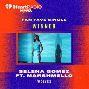 26 August Selena wins Fan Fave Single at Much Music Video Awards
