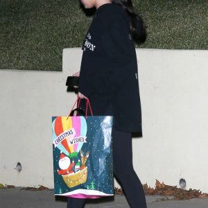 26 December Selena leaving friends house in Los Angeles