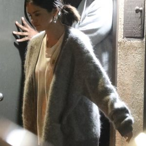 27 February Selena leaving music studio in Los Angeles