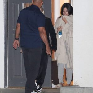 23 April Selena spotted arriving at the friends house in Los Angeles