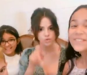5 May more videos of Selena singing and plays with kids at a fan's celebration