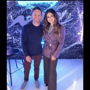 29 October @SykeOnAir on Twitter: Always a pleasure sitting down & chatting with the lovely, the incomparable @SelenaGomez!