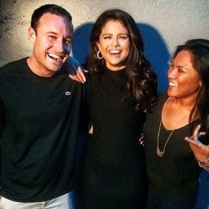 14 October new rare pics of Selena with fans