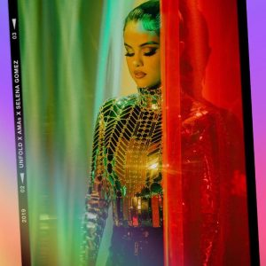 22 November new behind the scenes pics from Loose You To Love Me & Look At Her Now music videos