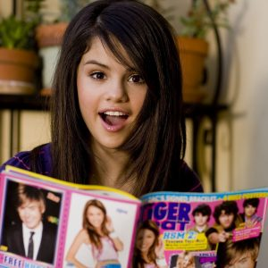 10 December new pics of Selena from Tiger Beat photoshoot from 2008