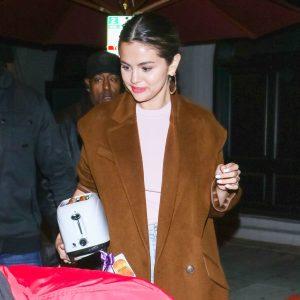 11 January Selena leaving restaurant in Los Angeles, CA