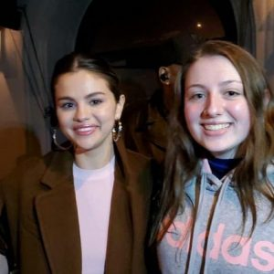 11 January Selena with a fan in Los Angeles