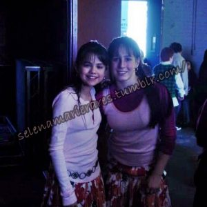 9 February pics of little Selena with friends from 2005