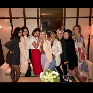 21 March new pic of Selena with friends