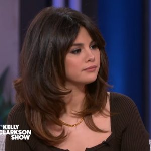 6 March watch Selena's interview on The Kelly Clarkson Show
