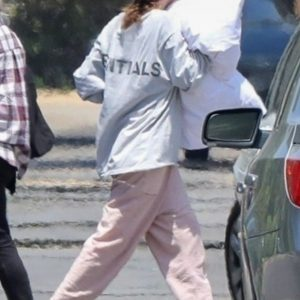 9 May Selena spotted paking things with her grandparents in Los Angeles, CA