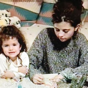 10 May Selena on Instagram: happy mommas day!