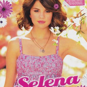 2 May check out HD poster of Selena from QuizFest Magazine 2009 issue