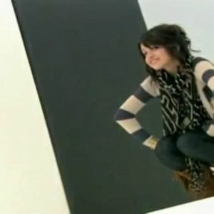29 June find out how Selena getting ready for her photoshoots for WOWP in a cute video from 2008