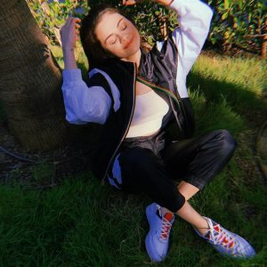 12 July Selena on Instagram: In the yard, in my @PUMA unity shoes clearly 😊