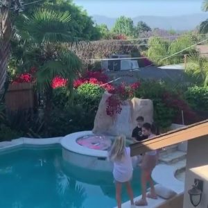 11 July new video of Selena dancing by the pool