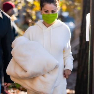 "7 December more pics of Selena on set of ""Only Murders In The Building"" in New York"