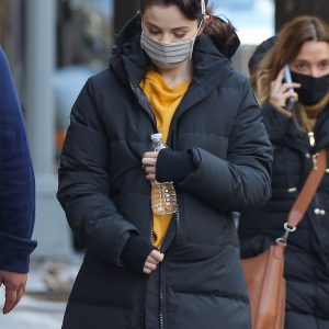 20 January Selena spotted leaving her trailer on set of Only Murders In The Building in New York