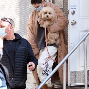 10 March Selena spotted arriving with Daisy on set of Only Murders In The Building in New York
