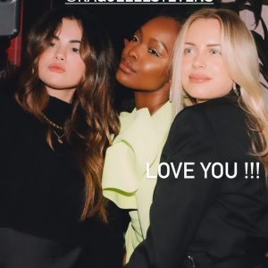 21 March new rare pics of Selena with friends