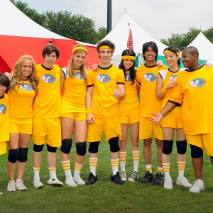 5 March new pic of Selena with her team from Disney Games 2008