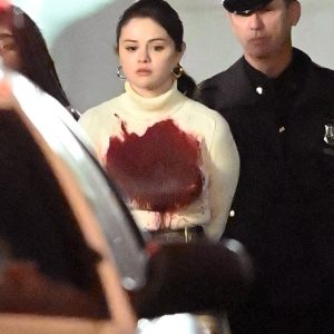 10 April spoiler alert… New candids of Selena from set of Only Murders In The Buildiung